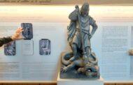 El dragón de León abre de nuevo sus fauces este sábado. Vuelve Museo Gaudí Casa Botines