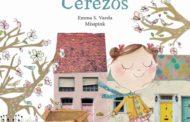 Emma S. Varela cuenta este sábado su nuevo libro, 'Calle de los Cerezos'